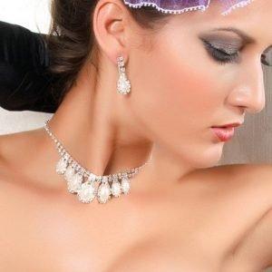 Diamond kaula- ja korvakorusetti