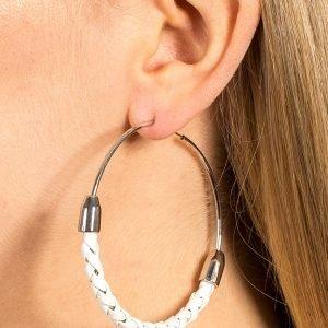 Gina Tricot White Plait Hoop Earring Korvakorut
