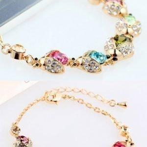 Värikäs timanttikäsikoru