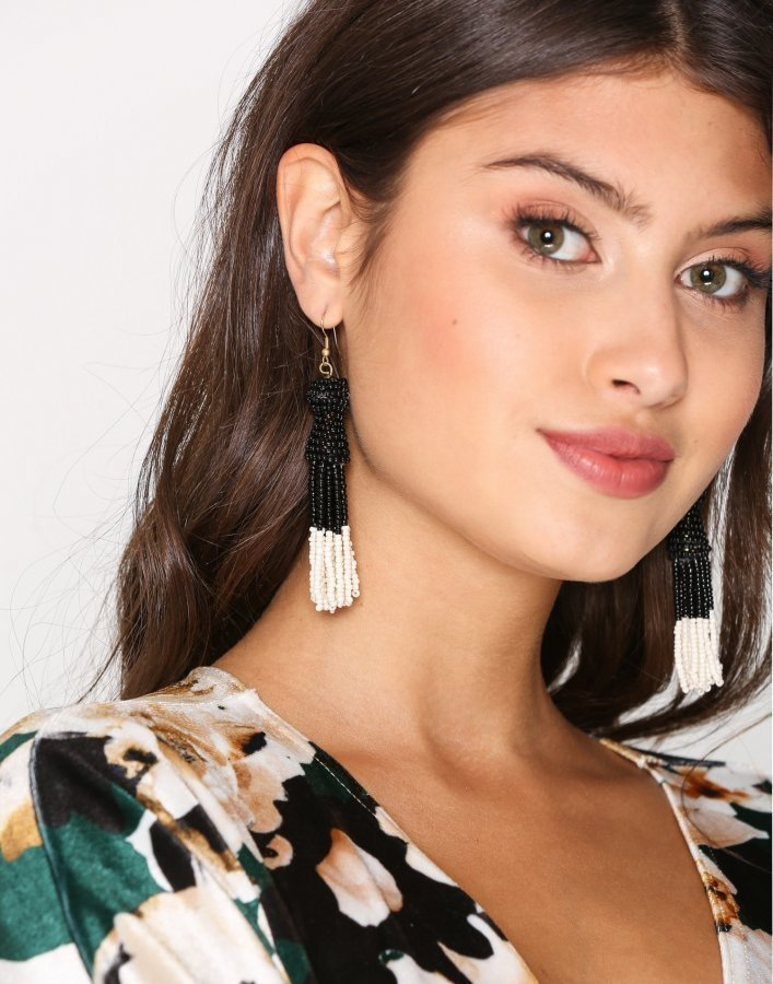 Vero Moda Vmbenta Short Pearl Earrings Korvakorut Musta